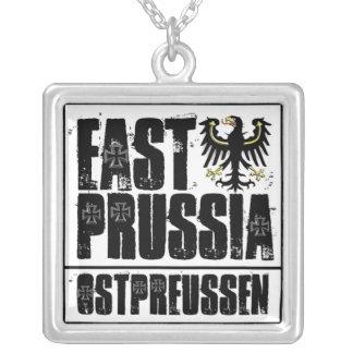 Prusia del este collar plateado