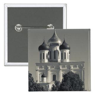 Pskov el Kremlin y catedral de la trinidad Pin