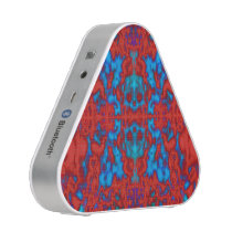 Psychedelic kaleidoscope skulls pattern speaker