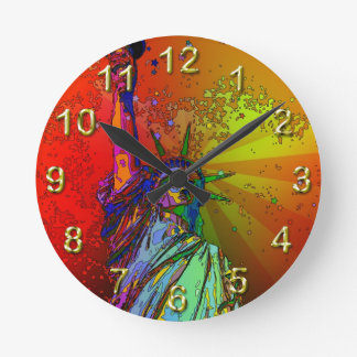 Psychedelic NYC Rainbow Color Statue of Liberty 1R Round Wall Clock