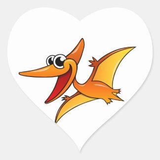Pterodactyl del dibujo animado pegatina en forma de corazón