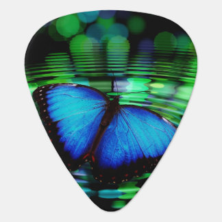 Púa de guitarra azul del estándar de la mariposa