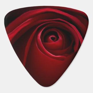 Púa de guitarra del rosa rojo