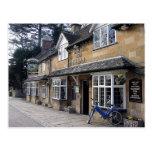 Pub inglés Cotswolds del país Tarjetas Postales