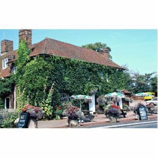 Pub inglés en el pueblo de Matfield, Kent, Inglés Fotoescultura Vertical