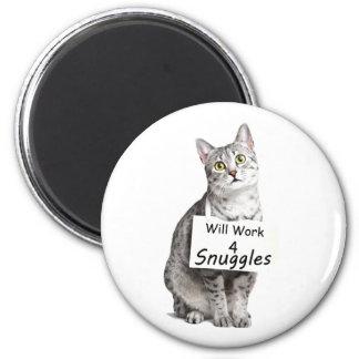 Publicidad linda del gato de Mau del egipcio para Imán