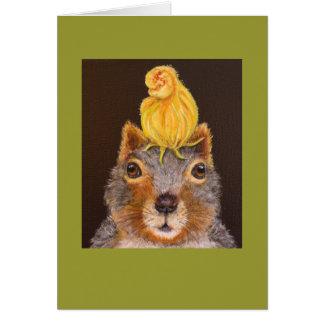 Puccini la ardilla con la tarjeta del flor de la c
