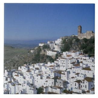Pueblo blanco de Casares, Andalucía, España 2 Azulejo Cuadrado Grande