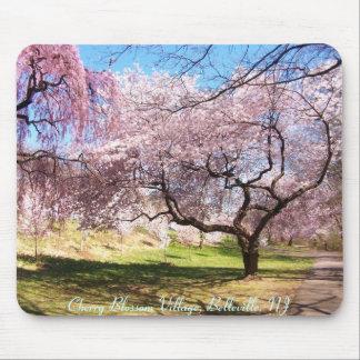 Pueblo de la flor de cerezo, Belleville, NJ Alfombrillas De Raton