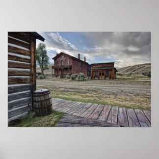 Pueblo fantasma Mainstreet 2 de Bannack - Montana Poster