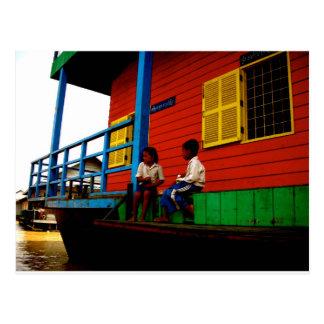 Pueblo flotante de Camboya Tarjeta Postal