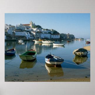 Pueblo pesquero de Ferragudo, Algarve, Portugal Impresiones