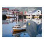 Pueblo pesquero de Reine, Lofoten, Noruega Tarjeta Postal