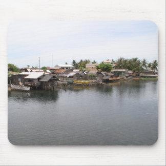 Pueblo pesquero del Visayan Alfombrilla De Ratones