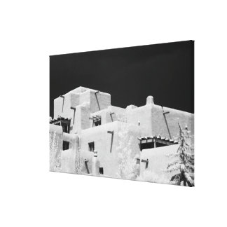 Pueblo style adobe Inn at Loretto, Santa Fe, New Canvas Print