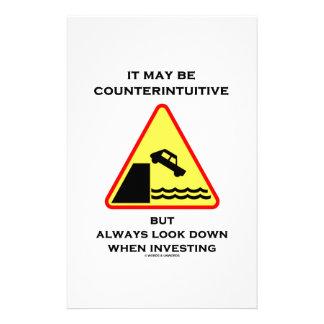 Puede ser mirada antiintuitiva abajo invierte siem papeleria