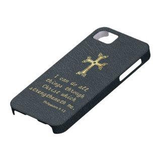 Puedo hacer todas las cosas a través de Cristo iPhone 5 Carcasa