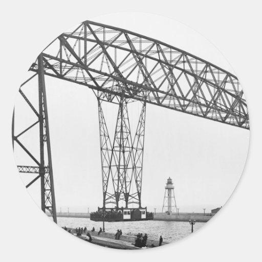 Puente aéreo Duluth Minnesota Pegatinas Redondas