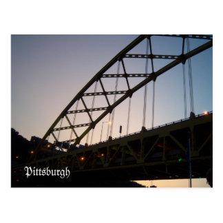 Puente al crepúsculo postal