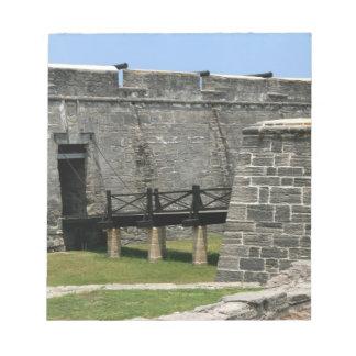 Puente al fuerte de St Augustine a través de la fo Libreta Para Notas