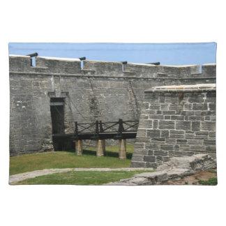Puente al fuerte de St Augustine a través de la Mantel Individual