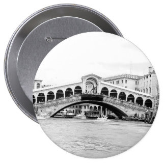 Puente blanco y negro de Rialto Venecia