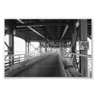 Puente blanco y negro, Milwaukee, WI Fotografía