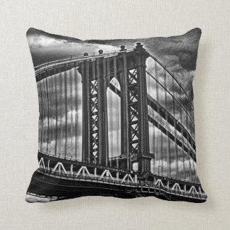 Puente BW A1 de Manhattan de NYC Almohadas
