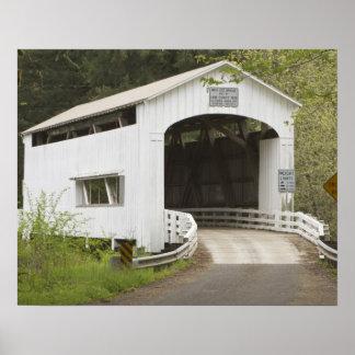 Puente cubierto del gato salvaje, el condado de La Impresiones