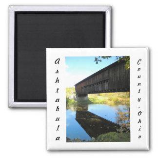 Puente cubierto el condado de Ashtabula Ohio del c Imanes