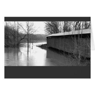 Puente cubierto en la inundación - tarjeta