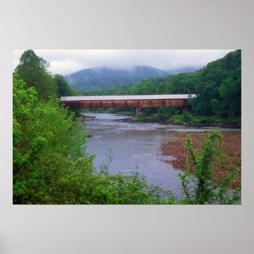 Puente cubierto Vermont del río del oeste Posters