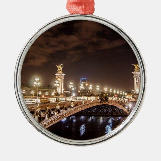 Puente de Alexander 3 en París Francia en la noche Adorno Navideño Redondo De Metal