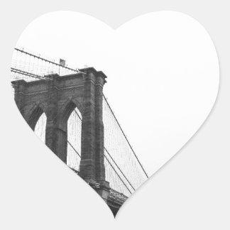 Puente de B&W Brooklyn Pegatina En Forma De Corazón