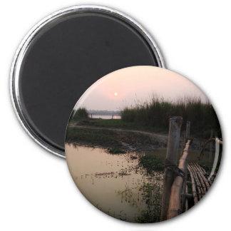 Puente de bambú, el Ganges, Bengala Occidental, la Imán Redondo 5 Cm