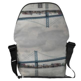 Puente de Ben Franklin Bolsas De Mensajeria