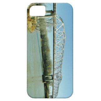 Puente de braguero del hierro iPhone 5 carcasa