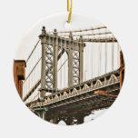 Puente de Brooklyn Adorno Navideño Redondo De Cerámica