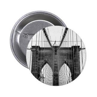 Puente de Brooklyn blanco negro Nueva York Pin Redondo De 2 Pulgadas