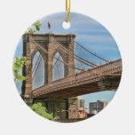 Puente de Brooklyn colorido Ornaments Para Arbol De Navidad