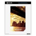 Puente de Brooklyn con los rascacielos de New York NOOK Color Calcomanía