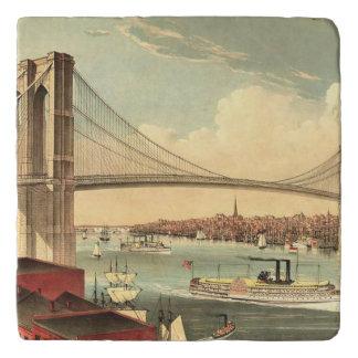 Puente de Brooklyn de la CAMISETA Salvamanteles