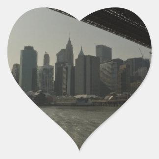 Puente de Brooklyn en barco Pegatina En Forma De Corazón