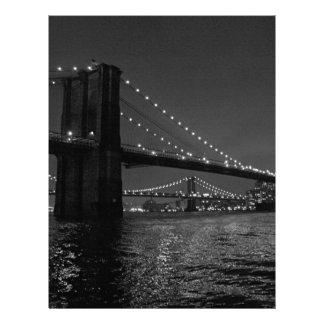 Puente de Brooklyn en la noche Plantilla De Membrete