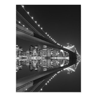 """Puente de Brooklyn en la noche, Nueva York Invitación 6.5"""" X 8.75"""""""