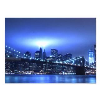 """Puente de Brooklyn en la noche, Nueva York Invitación 4.5"""" X 6.25"""""""