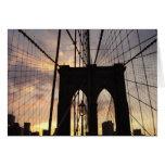 Puente de Brooklyn en la puesta del sol Tarjetas