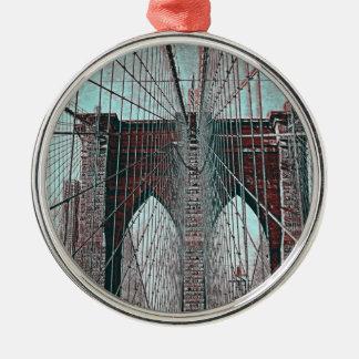 Puente de Brooklyn en NYC Adorno Redondo Plateado