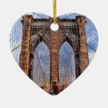 Puente de Brooklyn Nueva York los E.E.U.U. Adorno Navideño De Cerámica En Forma De Corazón