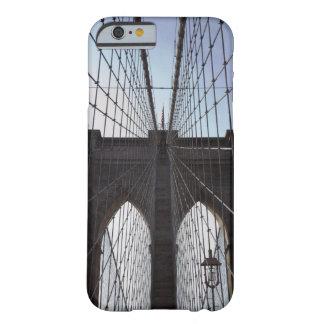 Puente de Brooklyn, Nueva York, NY, los E.E.U.U. 2 Funda Para iPhone 6 Barely There